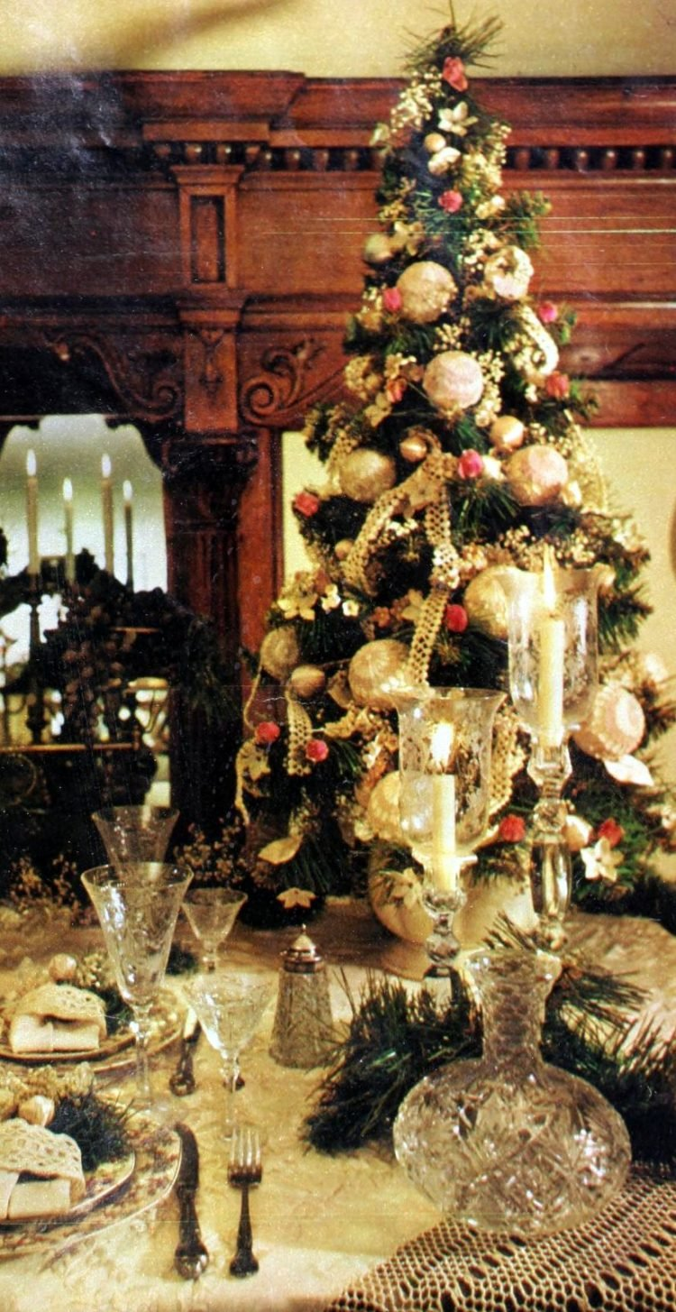 Beautiful tabletop Christmas trees from the 70s (1)