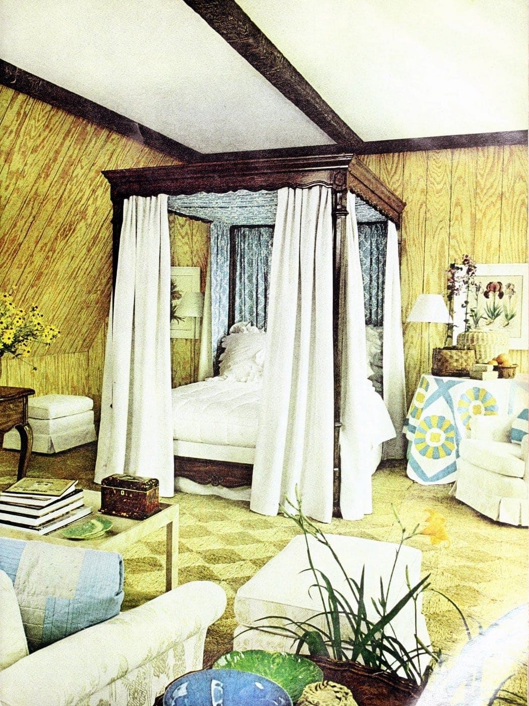 Beautiful vintage canopy beds from the 1970s (7)