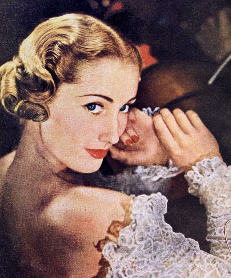 Beauty and makeup for the 1940s woman (4)