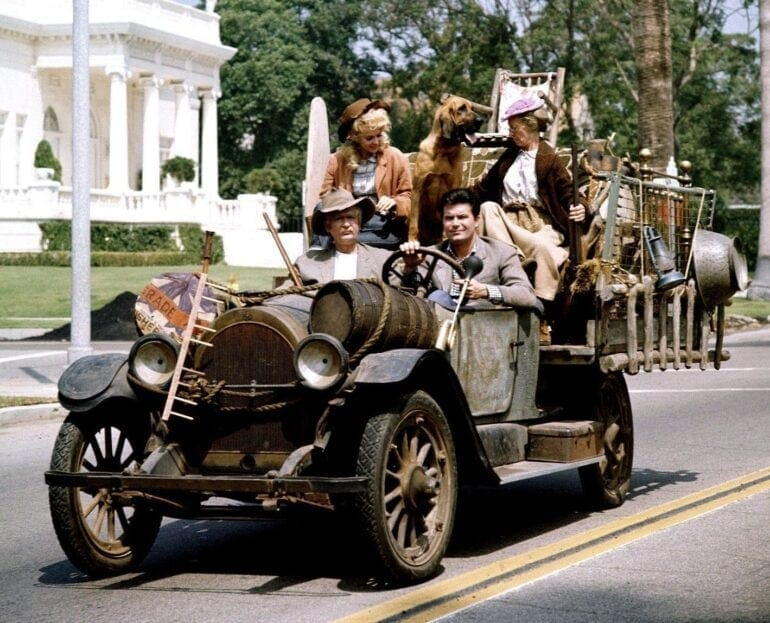 Beverly Hillbillies - Family in the car