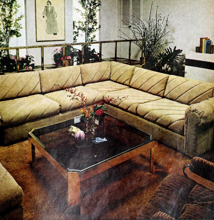Big vintage sofas and seating areas from the 70s (1)