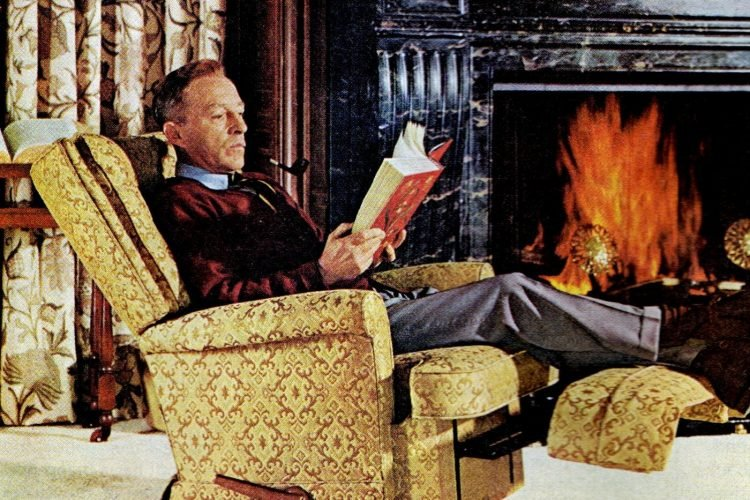 Bing Crosby's La-Z-Boy recliner gave him that relaxed feelin' (1967)