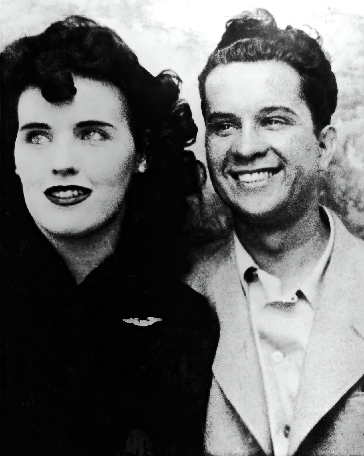 Black Dahlia photo with a friend