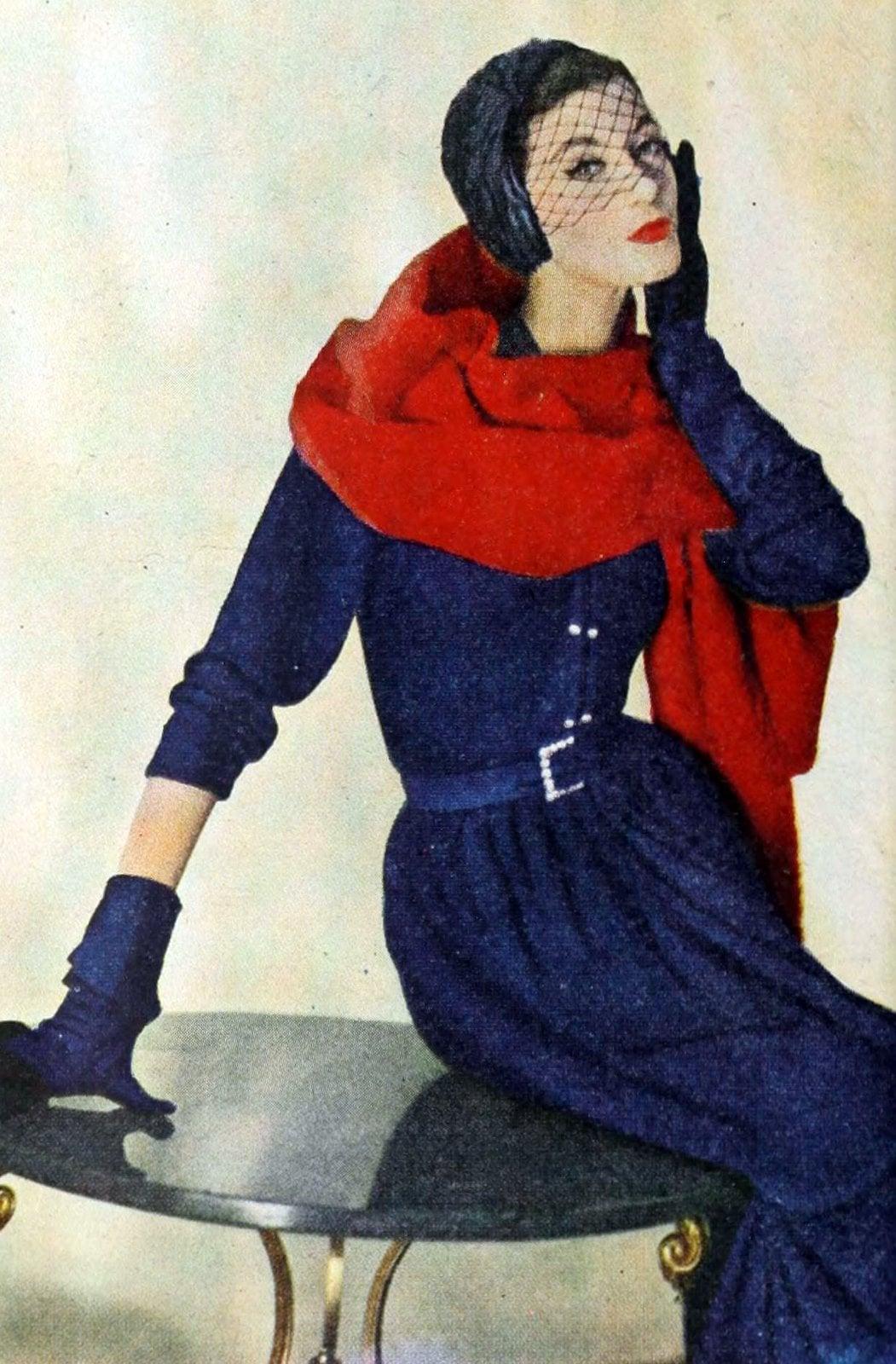 Blue 1950s gloves for women