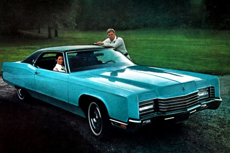 Blue 1970 Lincoln Continental vintage car ad-001