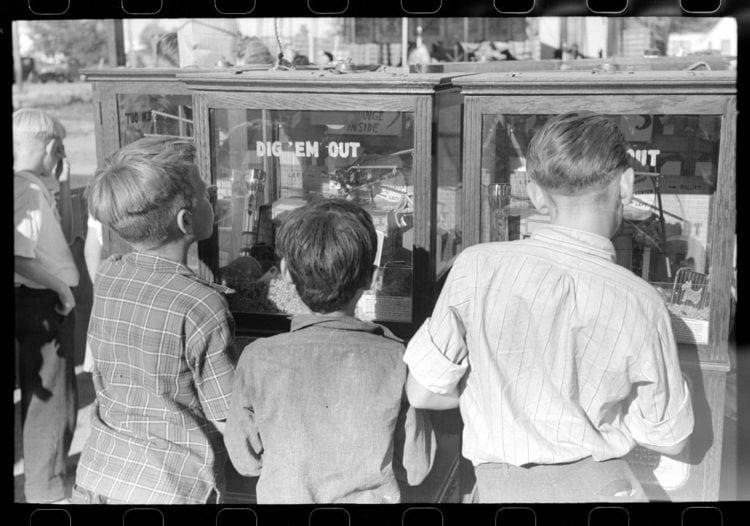 Boys, Fourth of July, Vale, Oregon 1941