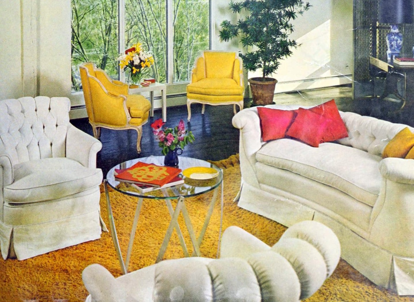 Bright and cheerful vintage 1960s living room decor