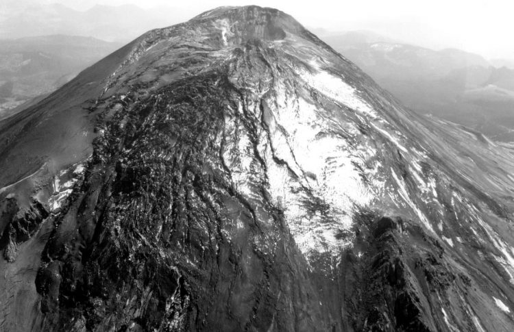 Bulge on the north slope of Mount St. Helens before the May 18, 1980 eruption