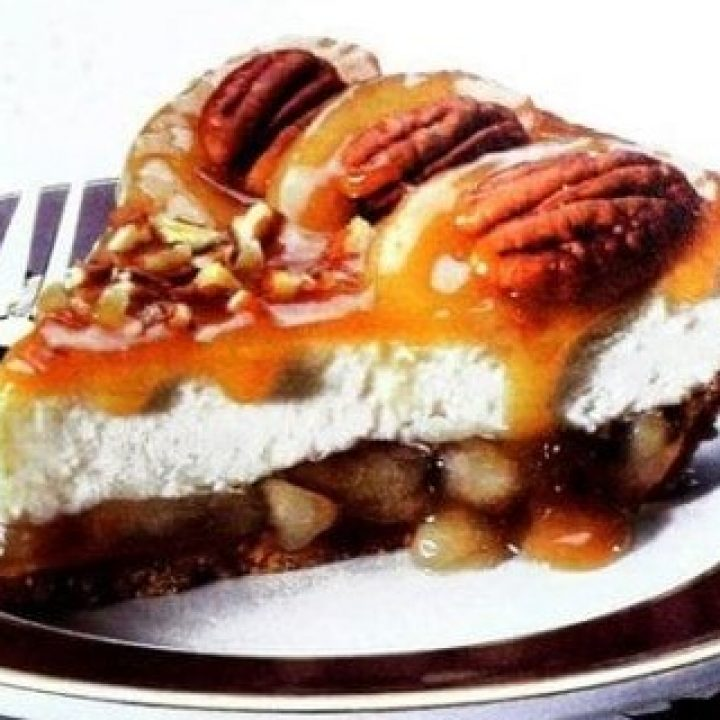 Caramel-apple-cheesecake-recipe-1998-750x1095 (2)