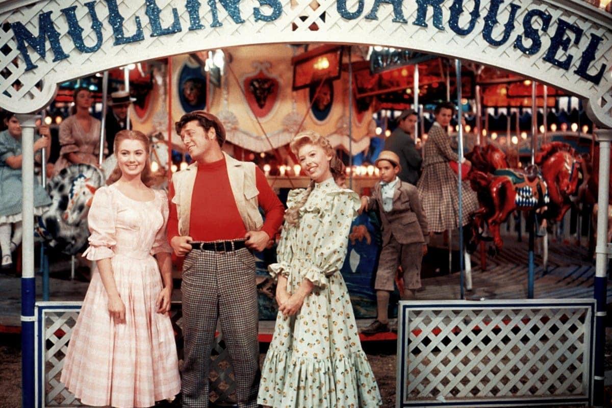 Carousel 1956 movie - Shirley Jones and Gordon MacRae