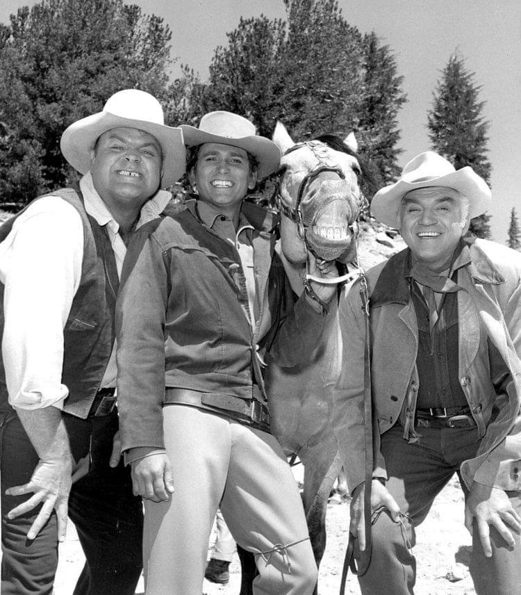 Cast of Bonanza TV show 1968