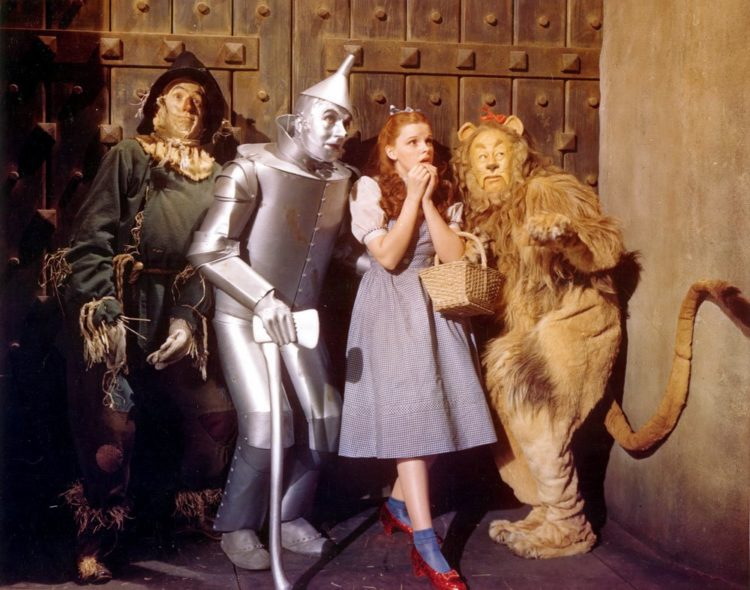 Cast of The Wizard of Oz - Judy Garland - 1939