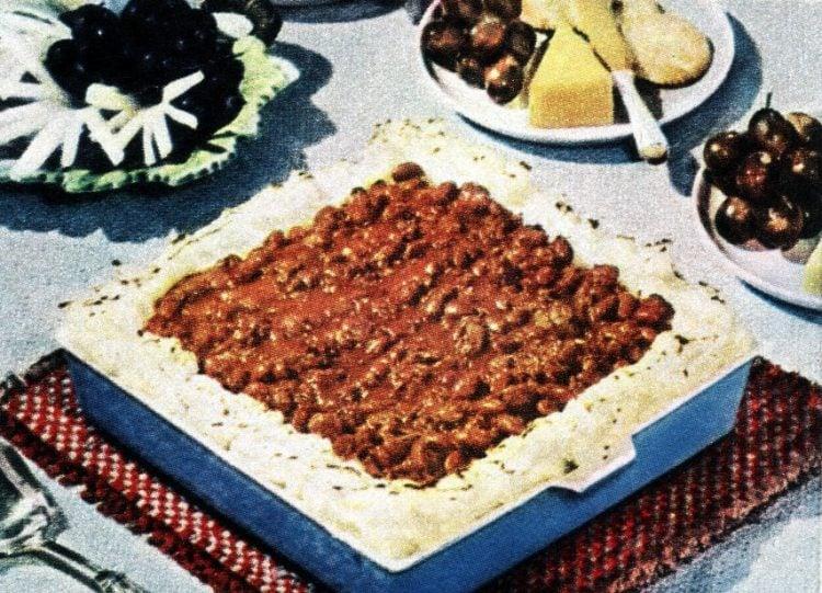 Chili-Potato Pie retro recipe