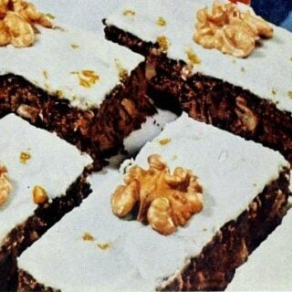 Chocolate refreshers brownies with nuts and dates 1960 (2)