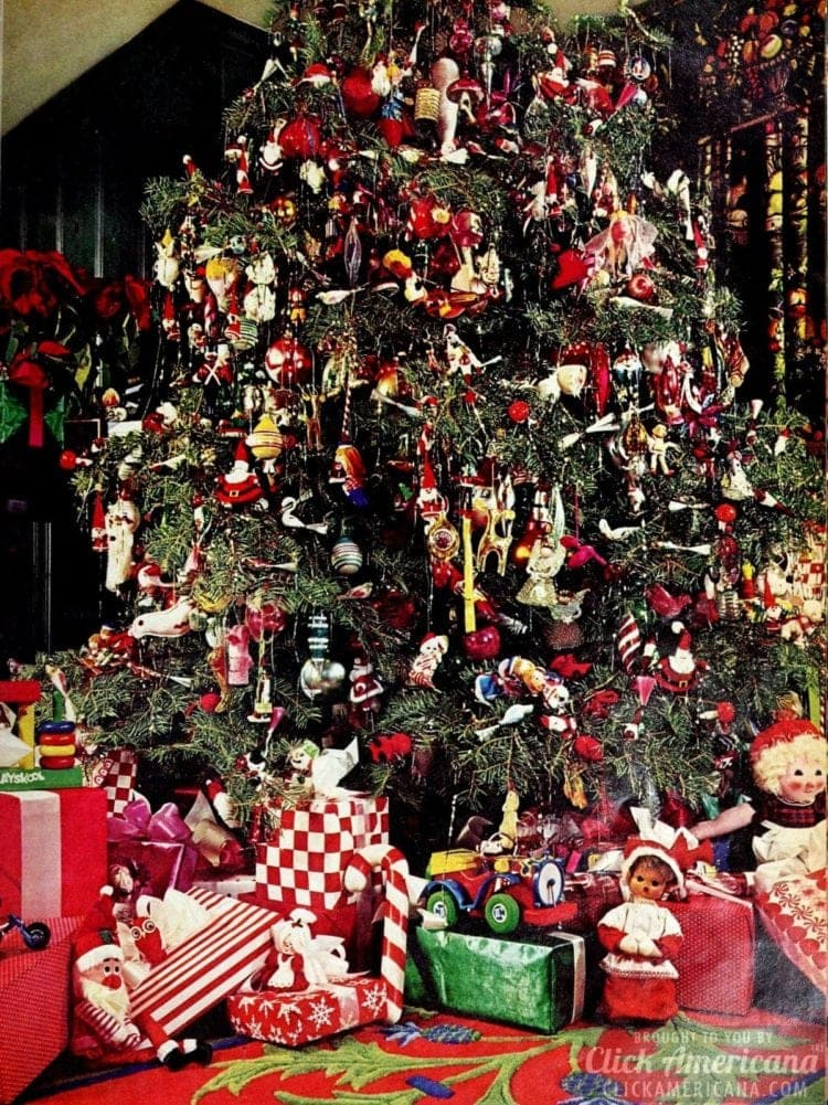 Decorating Christmas trees in the '70s