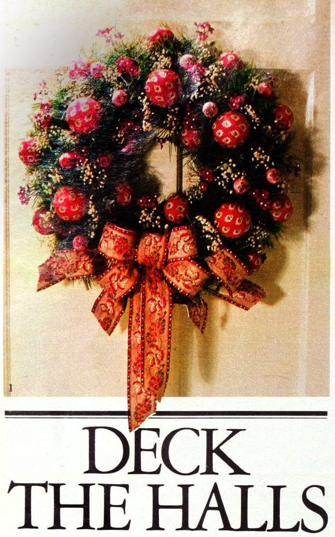 Christmas wreaths and door decor from the 1970s (2)