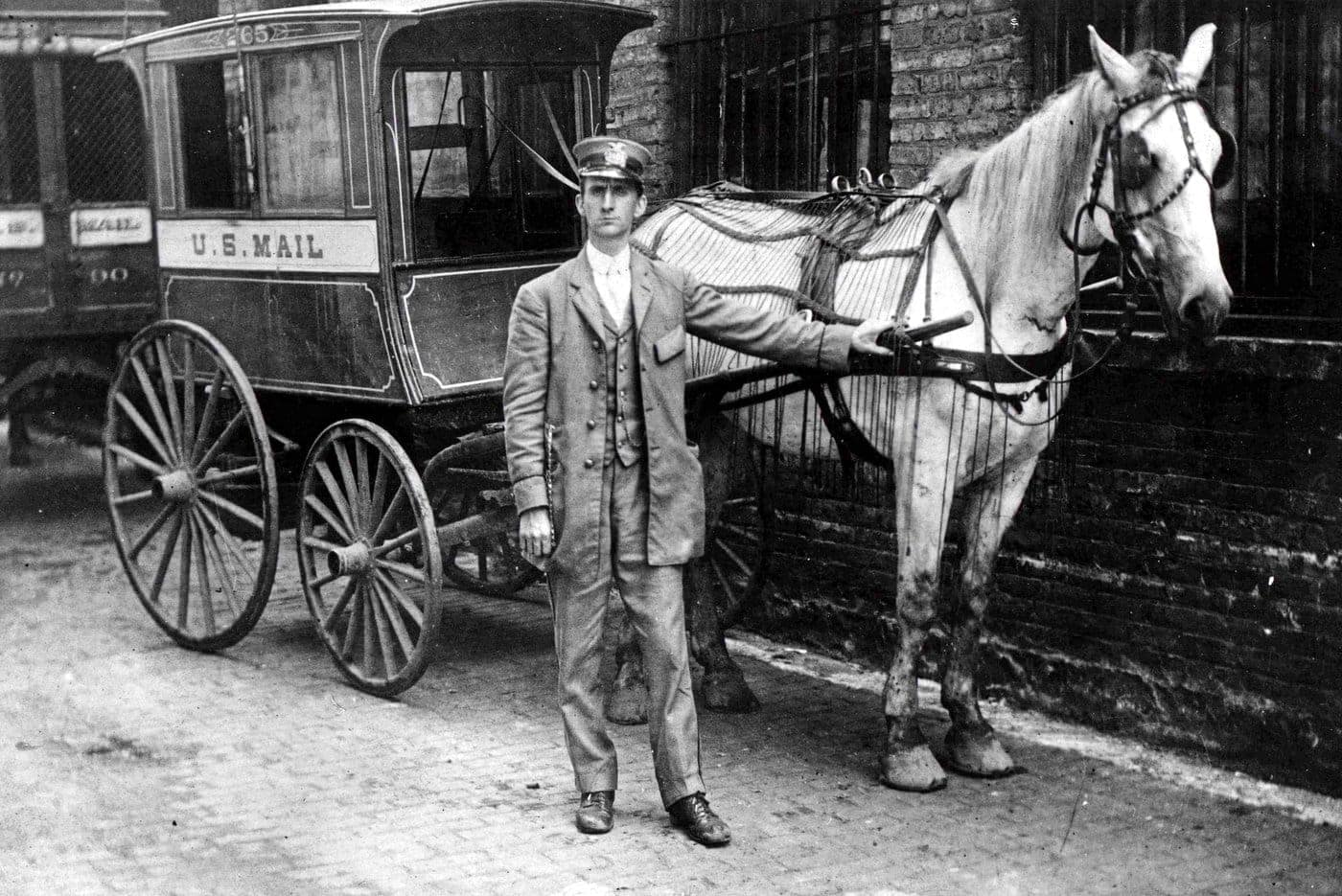 City Collection Wagon Chicago 1890 - Postal service