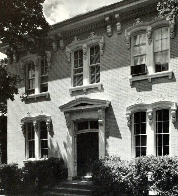 James I Barrett House