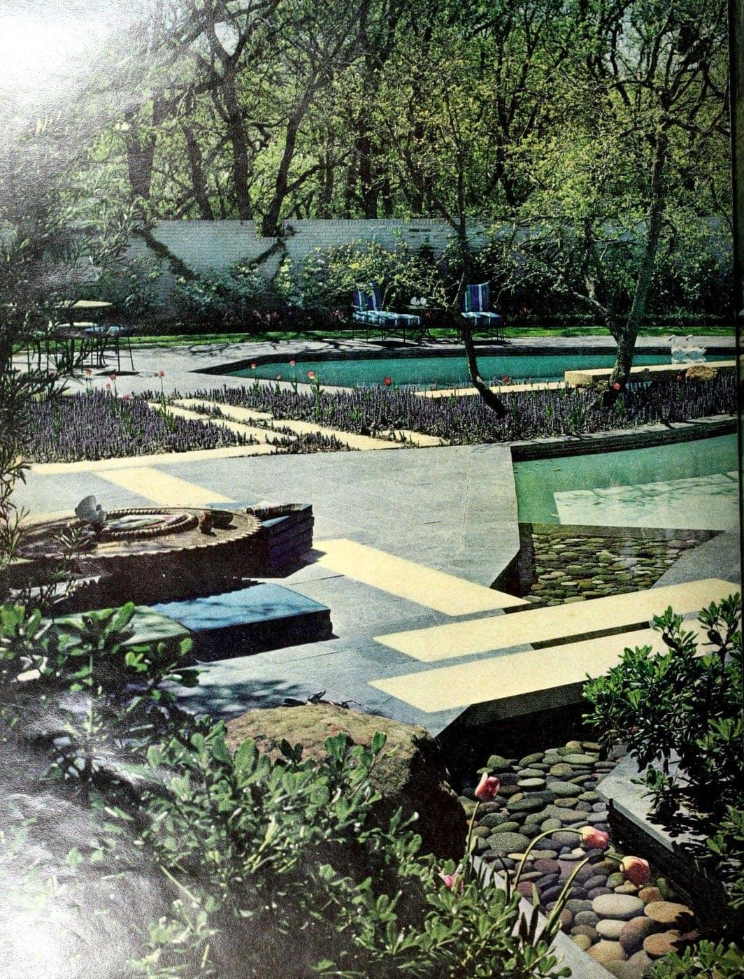 Classic backyard swimming pool design from 1963 (1)