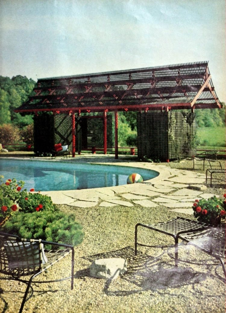 Classic backyard swimming pool design from 1963 (5)