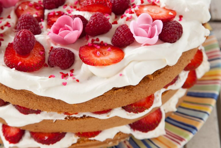 Classic strawberry torte recipe
