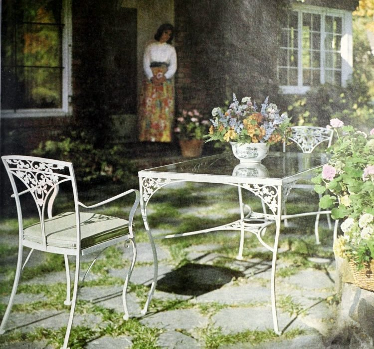 Classic white cast iron table and chair patio set from 1966