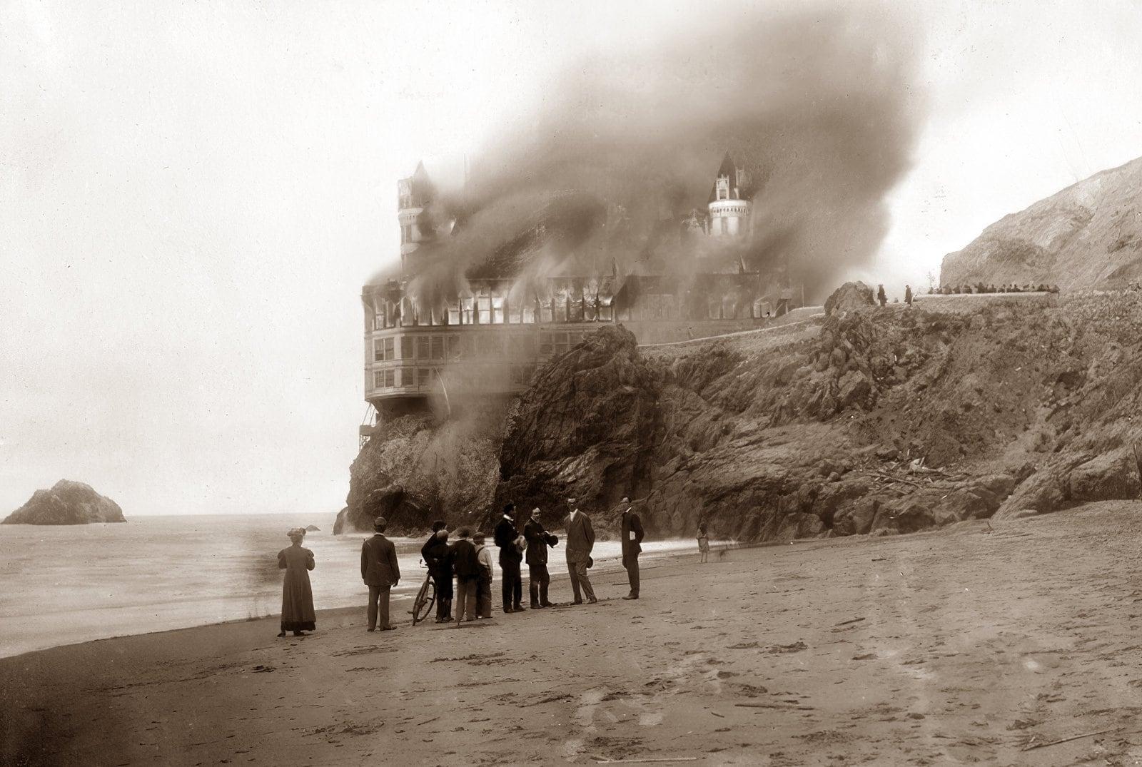 Cliff House burning