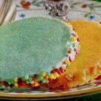 Colored pastel sugar cookies (1962)