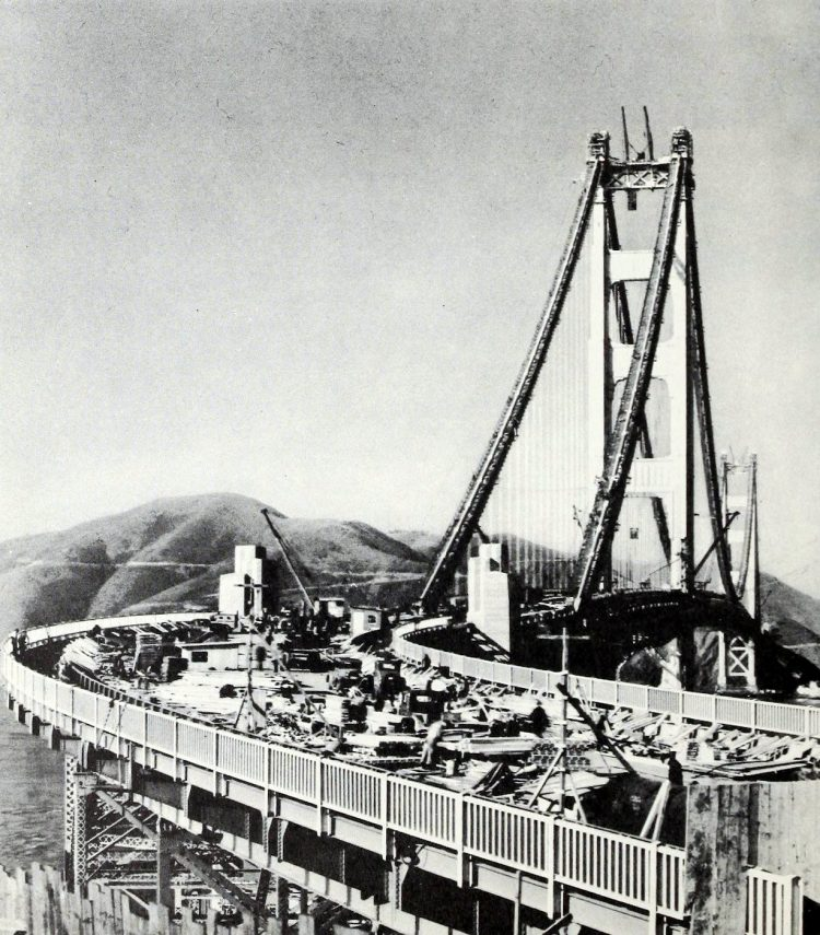 Construction of the Golden Gate Bridge - 1930s (11)
