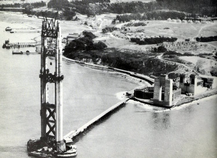 Construction of the Golden Gate Bridge - 1930s (5)