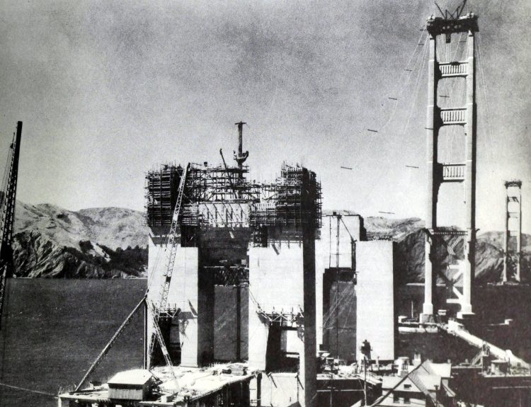 Construction of the Golden Gate Bridge - 1930s (6)