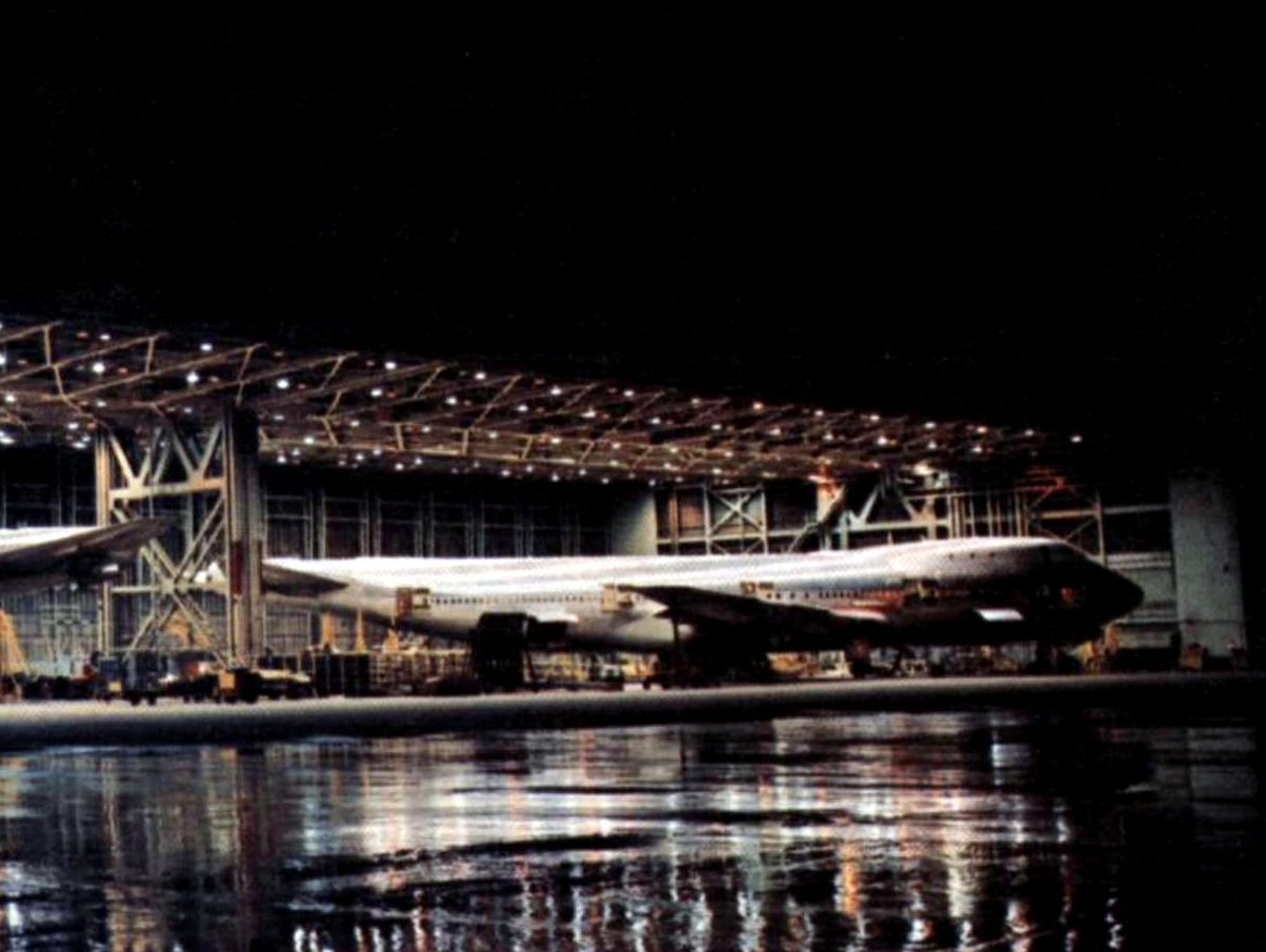 Converting passenger 747s to freighter configuration (1974)