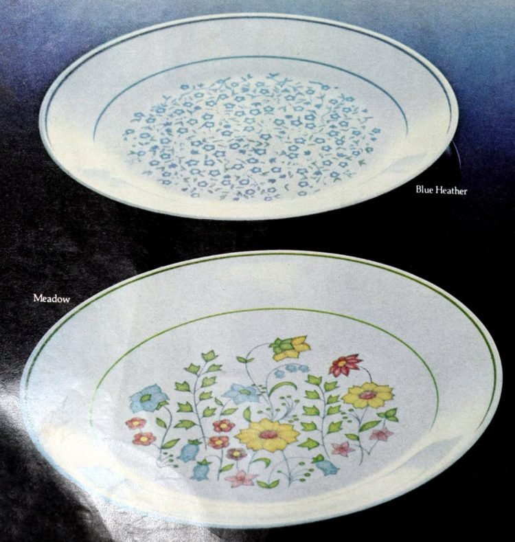 Corningware Corelle plates from 1981 (1)