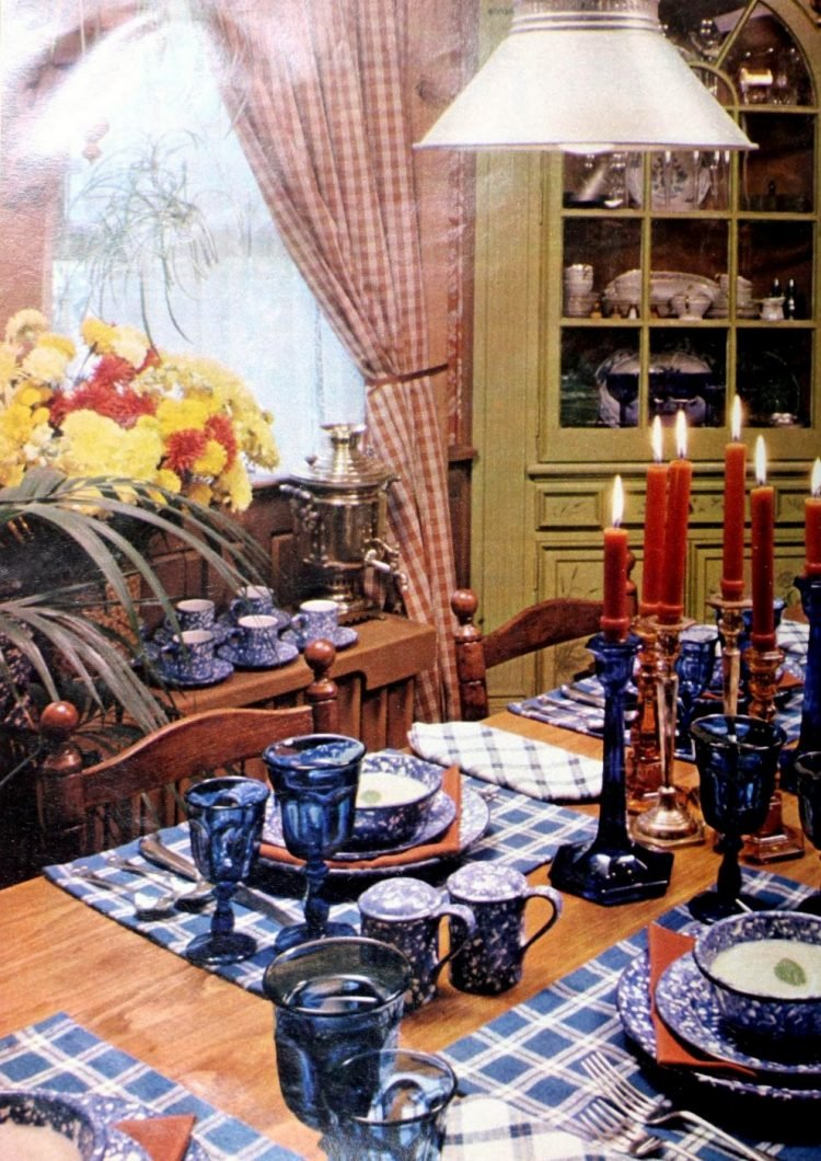 Country-style tablesetting from the 1970s
