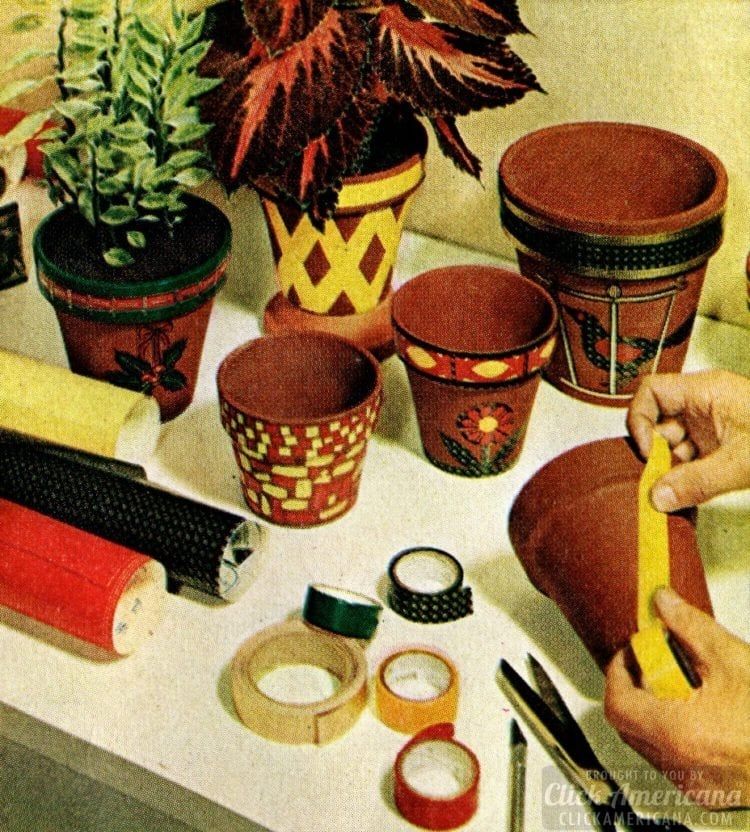 Crafty and creative Christmas decorations from 1963