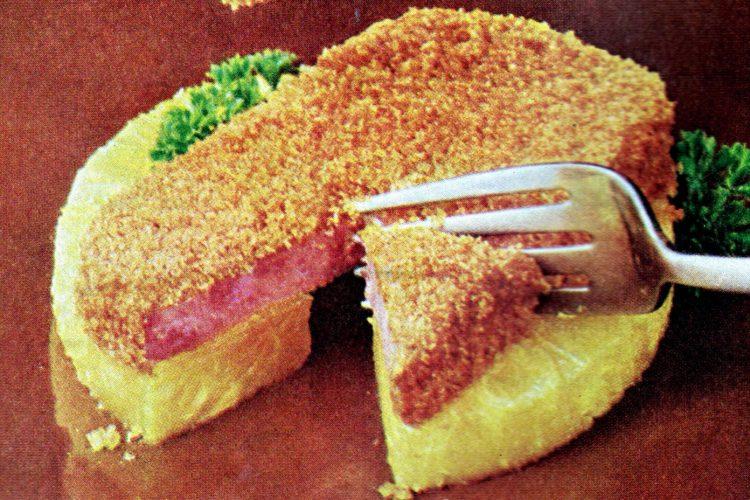 Crusty SPAMbake retro recipe from 1968 (1)