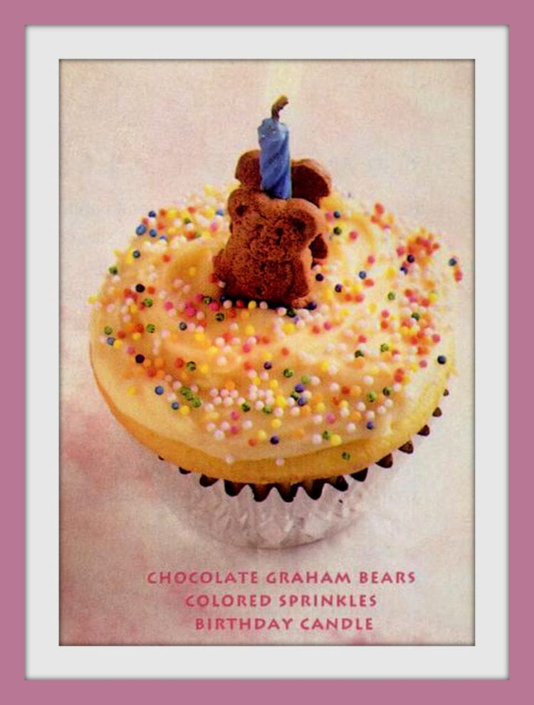 Cute ways to decorate cupcakes from 1995 - bears and sprinkles