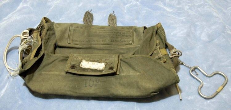 DB Cooper parachute bag - FBI