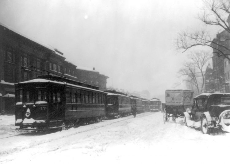 DC Trolley tie-up on Jan 28 1922 in snow storm