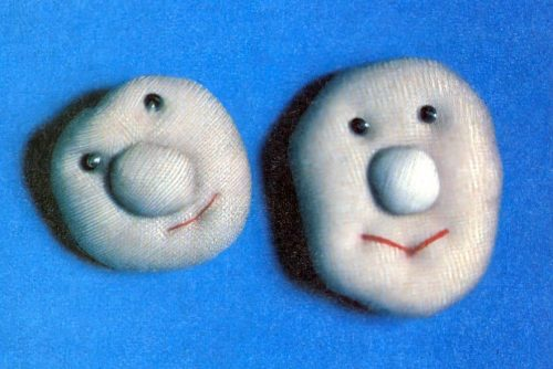 DIY puffy happy face pin craft (1981)