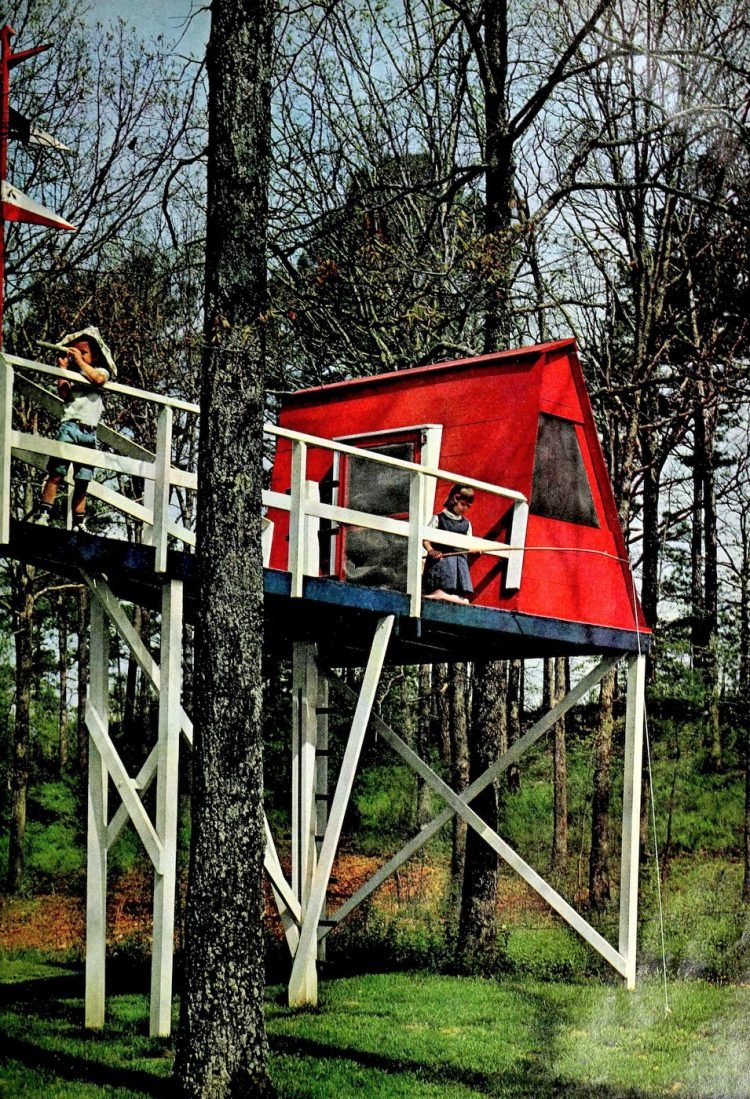 Deck treehouse ship play area for kids - Retro backyard idea