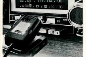 Delco car stereos with CB radio (1977)