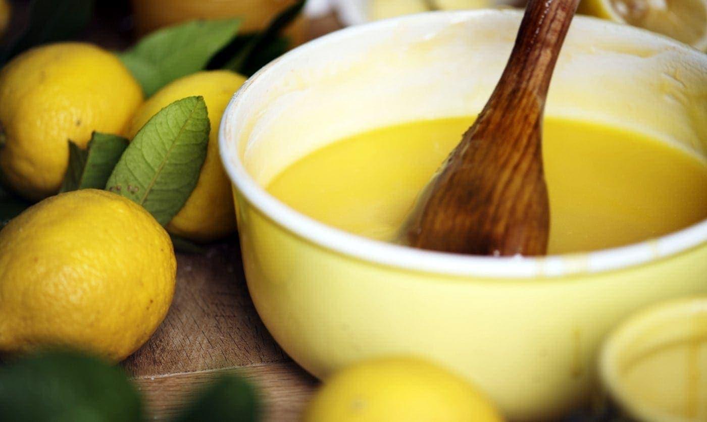 15 delicious old-fashioned lemon dessert recipes