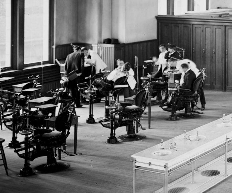 Dental hall, University of Pennsylvania (1904)