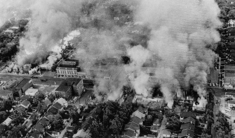 Detroit, July 23, 1967 rioting