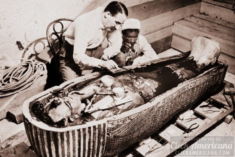 Discovery of Tutankhamun's tomb in Egypt 1920s