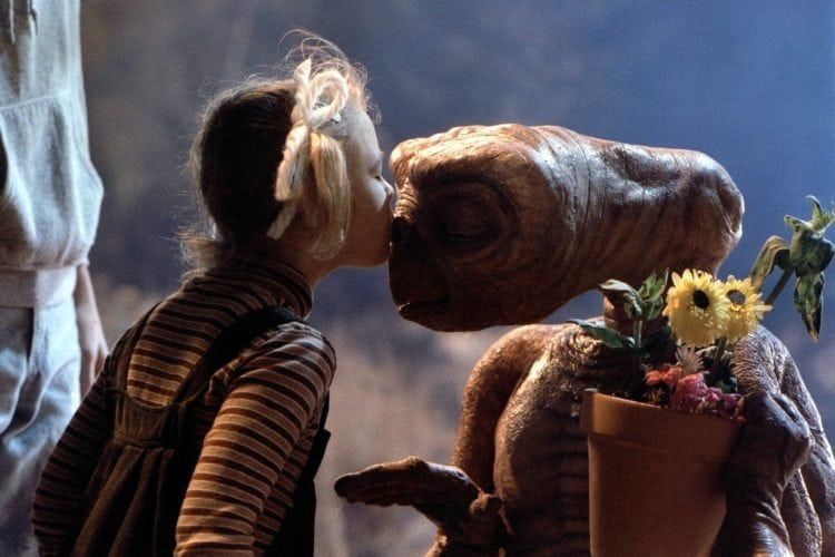 E.T. the Extra-Terrestrial Drew Barrymore kiss