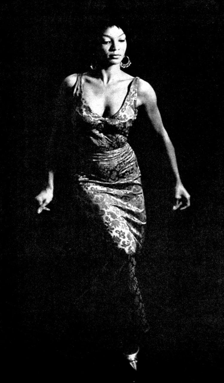 Ebony Jan 1962 Nichelle Nichols