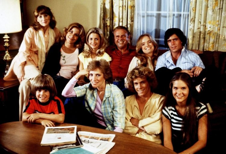 Eight is Enough cast - living room