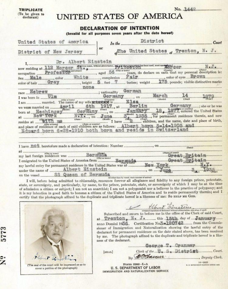 Einstein US citizenship application
